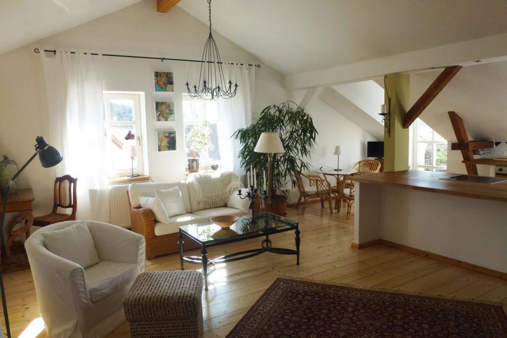 Helle-Dachgeschoss-Wohnung-Nr.-6